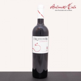 TRITIUM GARNACHA WINE