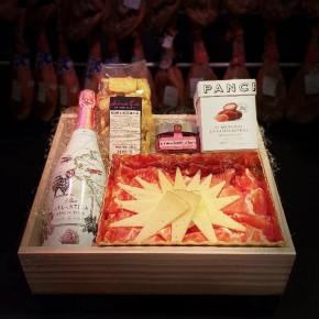 COMPRAR Mother Day Pack -Jamones, ibéricos y otros productos